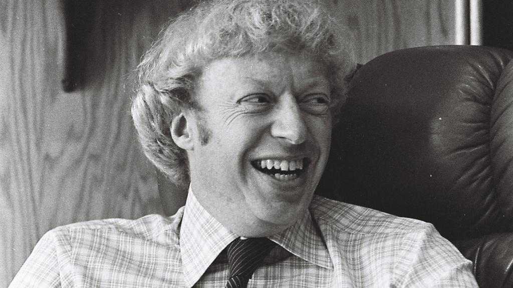 phil knight bio This article needs additional citations for verification please help improve this article by adding citations to reliable sourcesunsourced material may be challenged and removed.